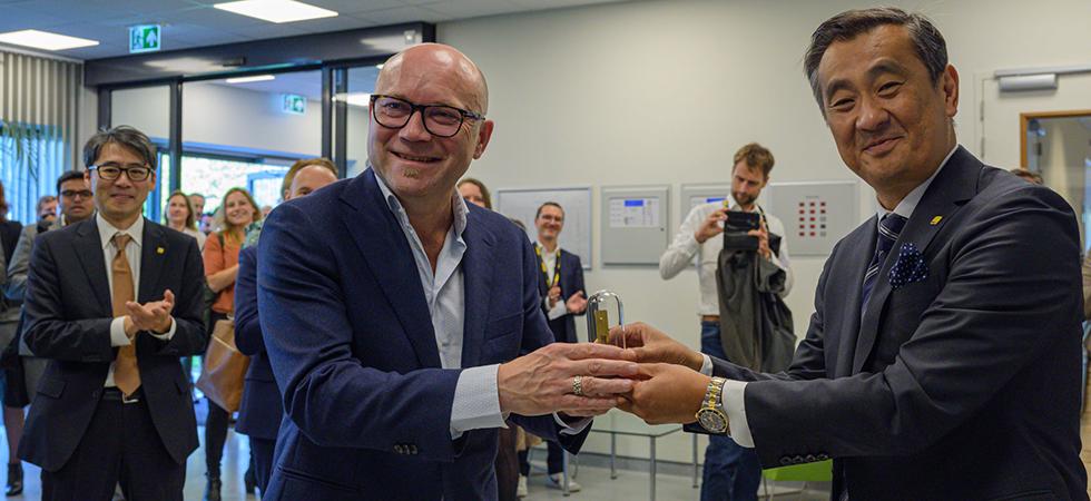 first European Nikon BioImaging Lab now open in Leiden 3